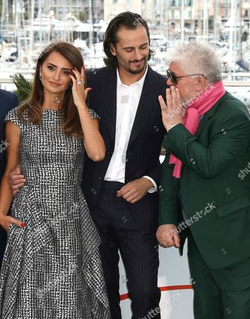 Penelope Cruz, Asier Etxeandia, Pedro Almodovar. Actors Penelope Cruz, from left, Asier Etxeandia and director Pedro Almodovar pose for photographers at the photo call for the film 'Pain and Glory' at the 72nd international film festival, Cannes, southern France
