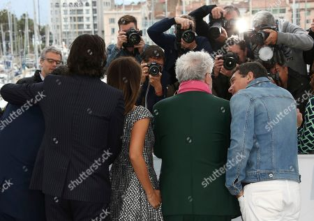 Leonardo Sbaraglia, Asier Etxeandia, Penelope Cruz, Pedro Almodovar, Antonio Banderas. Actors Leonardo Sbaraglia, from left, Asier Etxeandia, Penelope Cruz, director Pedro Almodovar, and Antonio Banderas pose for photographers at the photo call for the film 'Pain and Glory' at the 72nd international film festival, Cannes, southern France