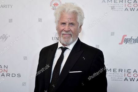 Barry Bostwick attends the 2019 American Icon Awards at the Beverly Wilshire Hotel, in Beverly Hills, Calif