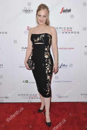 Wendi McLendon-Covey attends the 2019 American Icon Awards at the Beverly Wilshire Hotel, in Beverly Hills, Calif