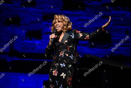 Jennifer Holliday performs at the Backstage at the Geffen 2019 gala at the Geffen Playhouse on in Westwood, Calif