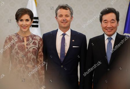 Crown Prince Frederik of Denmark (C), his wife Crown Princess Mary (L) and South Korean Prime Minister Lee Nak-yeon (R) pose for photo prior their meeting at the government office in Seoul, South Korea, 20 May 2019. Crown Prince Frederik and his wife Crown Princess Mary arrived in South Korea on a three-day visit to celebrate 60 years of diplomatic relations between the two countries.