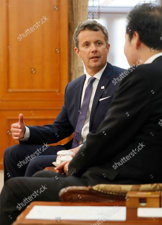 Crown Prince Frederik of Denmark (L) talks with South Korean Prime Minister Lee Nak-yeon (R) during their meeting at the government office in Seoul, South Korea, 20 May 2019. Crown Prince Frederik and his wife Crown Princess Mary arrived in South Korea on a three-day visit to celebrate 60 years of diplomatic relations between the two countries.