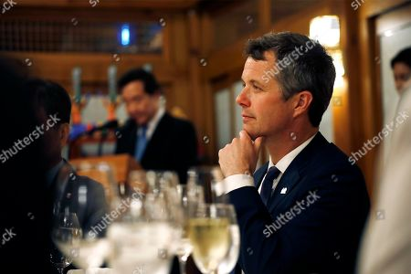 Crown Prince Frederik of Denmark (R) attends a banquet hosted by South Korean Prime Minister Lee Nak-yeon (C) at the prime minister's official residence in Seoul, South Korea, 20 May 2019. Crown Prince and Princess of Denmark are visiting South Korea to celebrate the 60th anniversary of the establishment of diplomatic ties between the two countries.