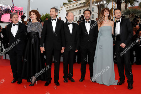 Daniel Auteuil, Fanny Ardant, Guillaume Canet, Denis Podalydes, Director Nicolas Bedos, Doria Tillier and Micheal Cohen arrive for the screening of 'La Belle Epoque' during the 72nd annual Cannes Film Festival, in Cannes, France, 20 May 2019. The movie is presented out of competition at the festival which runs from 14 to 25 May.