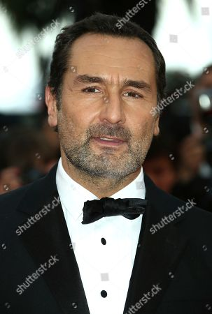 Gilles Lellouche poses for photographers upon arrival at the premiere of the film 'La Belle Epoque' at the 72nd international film festival, Cannes, southern France