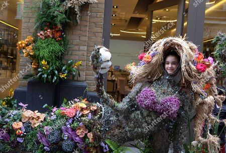 Chelsea in Bloom shop decorations: Sarah Chapman