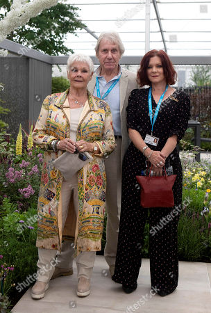 Stock Photo of Judy Dench woyth spouse David Mills and daughter Finty Williams at RHS Chelsea Flower Show