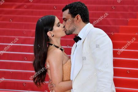 Sara Sampaio and Oliver Ripley