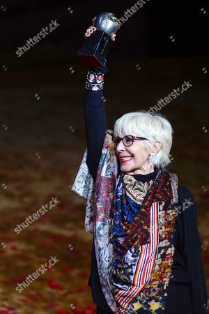 Concha Velasco poses after receiving the Max Honorary Award 2019 of Scenic Arts during a gala held at the Calderon theater in Valladolid, Spain, 20 May 2019.