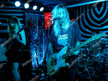 Alicia Bognanno, right, of the U.S. band Bully performs during Marvin Festival in Mexico City