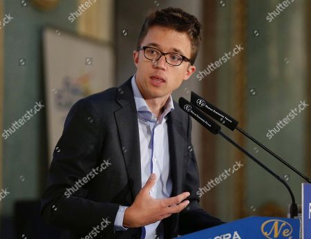 Mas Madrid candidate for Madrid's regional Presidency Inigo Errejon delivers a speech during a breakfast briefing in Madrid, Spain, 21 May 2019. Spain is holding local, regional and European elections next 26 May 2019.