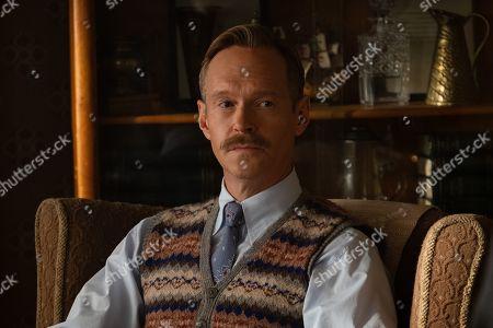 Steven MacKintosh as Stanley Dwight
