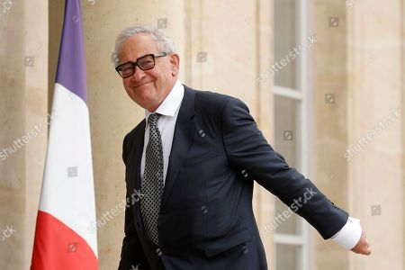 Stock Image of British historian Simon Schama arrives at the Elysee to meet with French President Emmanuel Macron (not pictured) and others European Philosophers and Intellectuals in Paris, France, 21 May 2019.