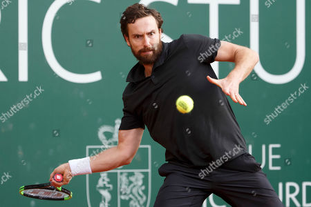 Ernests Gulbis of Latvia in action during his match against Alexander Zverev of Germany at the ATP 250 Geneva Open tennis tournament in Geneva, Switzerland, 21 May 2019.