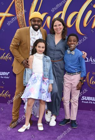 Tobie Windham, Suzi Barrett and their kids