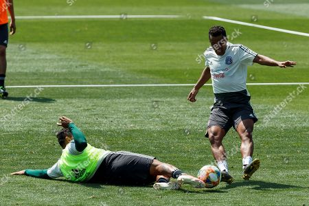 Players of Mexican national soccer team Giovani dos Santos (R) and Alexis Vega (L) take part in a training session in Mexico City, Mexico, 21 May 2019. Mexico will compete at Concacaf's Golf Cup from 15 June to 07 July 2019.