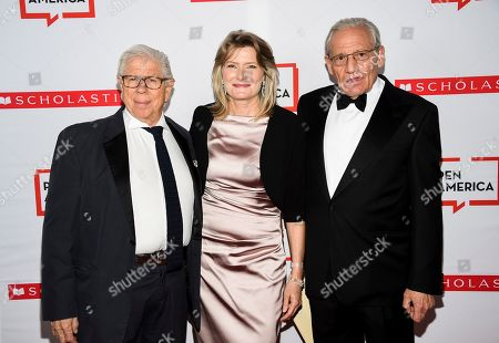 Carl Bernstein, Jennifer Egan, Bob Woodward. Journalist Carl Bernstein, left, PEN America president Jennifer Egan, honoree Bob Woodward attend the 2019 PEN America Literary Gala at the American Museum of Natural History, in New York