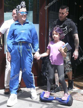 Pink, Carey Hart with daughter Willow Sage Hart