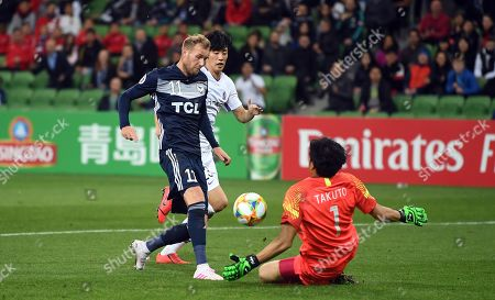 Stock Image of Ola Toivonen of the Victory (L) and Takuto Hayashi of Hiroshima (R) in action during the AFC Champions League Group F match between the Melbourne Victory and the Sanfrecce Hiroshima at AAMI Park in Melbourne, 22 May 2019.