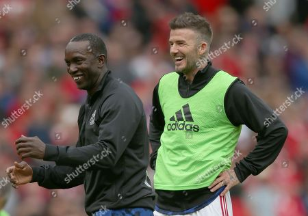 David Beckham of Manchester United and Dwight Yorke of Manchester United