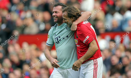 Karel Poborsky of Manchester United and Lothar Matthaus of Bayern Munich