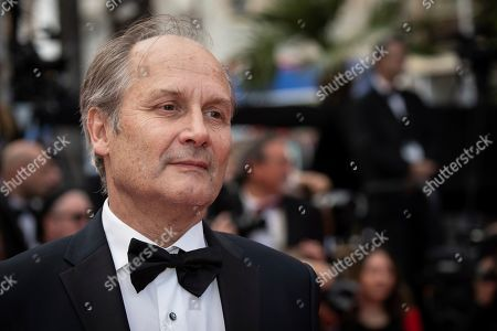 Hippolyte Girardot poses for photographers upon arrival at the premiere of the film 'Oh Mercy' at the 72nd international film festival, Cannes, southern France