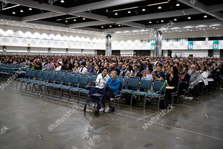 US Naturalization Ceremony, Los Angeles