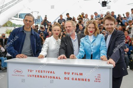 Antoine Reinartz (R), French director Arnaud Desplechin (C), French actress Lea Seydoux (2-R) and French actress Sara Forestier (2-L) and French actor Roschdy Zem pose during the photocall for 'Roubaix, une lumiere (Oh Mercy!)' at the 72nd annual Cannes Film Festival, in Cannes, France, 23 May 2019. The movie is presented in the Official Competition of the festival which runs from 14 to 25 May.
