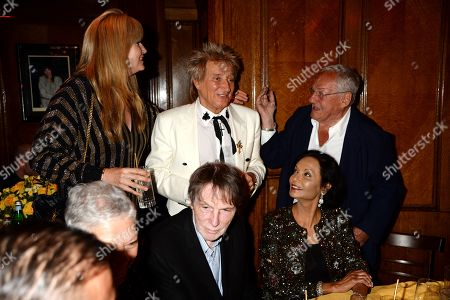 Penny Lancaster, Bill Collins, Rod Stewart, Shakira Caine and Johnny Cash