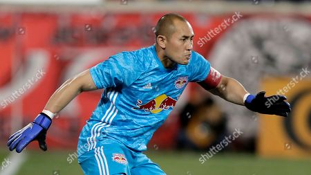 New York Red Bulls goalkeeper Luis Robles defends his net against the Vancouver Whitecaps during the first half of an MLS soccer match, in Harrison, N.J