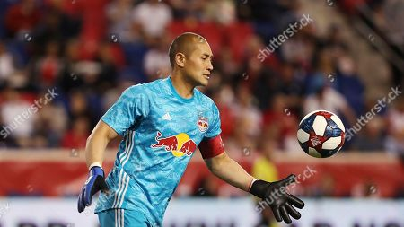 New York Red Bulls goalkeeper Luis Robles prepares to kick the ball during the second half of an MLS soccer match against the Vancouver Whitecaps, in Harrison, N.J. The match ended in a 2-2 draw