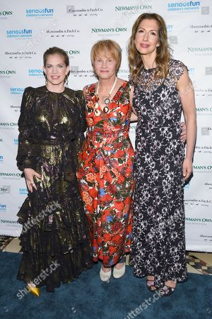 Stock Photo of Anna Chlumsky, Shawn Colvin and Alysia Reiner