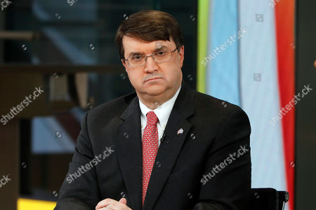 "U.S. Secretary of Veterans Affairs Robert Wilkie appears on the Fox News Channel's ""Outnumbered Overtime with Harris Faulkner,"" in New York"