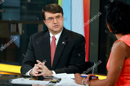 "Robert Wilkie, Harris Faulkner. U.S. Secretary of Veterans Affairs Robert Wilkie appears on the Fox News Channel's ""Outnumbered Overtime with Harris Faulkner,"" in New York"