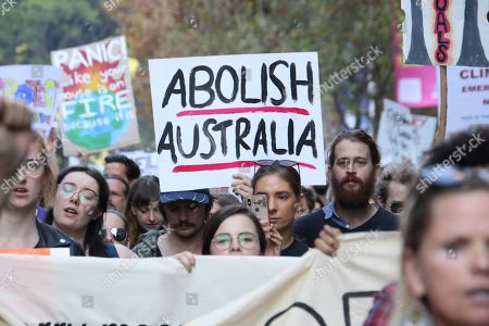 'Sorry Day' demonstration, Sydney