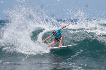 Australian Sally Fitzgibbons in action during women's quarter final at the Corona Bali Protected surfing event as part of the 2019 World Surf League in Keramas, Bali, Indonesia, 24 May 2019.