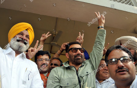Bharatiya Janata Party (BJP) candidate Sunny Deol shows victory sign after the outcome of Lok Sabha elections, at his residence,   on May 23, 2019 in Gurdaspur, India.  Sunny Deol is contesting from Gurdaspur seat which was earlier represented by late Bollywood actor Vinod Khanna.