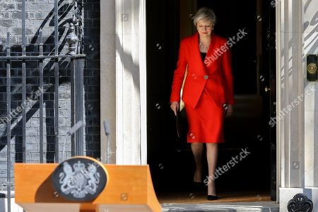 British Prime Minister Theresa May makes a statement in Downing Street after meeting Graham Brady, the chair of 1922 committee. Theresa May will resign as Prime Minister and the leader of the Conservative Party on 7 June 2019.