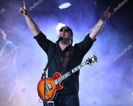 Lee Brice in concert at The Coral Sky Amphitheatre, Florida