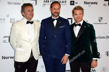 Formel E boss Alejandro Agag, Norwegian Crown Prince Haakon and Former German Formula One driver Nico Rosberg arrive for the Green Awards held on the occasion of the Green Festivals in Berlin, Germany, 24 May 2019.