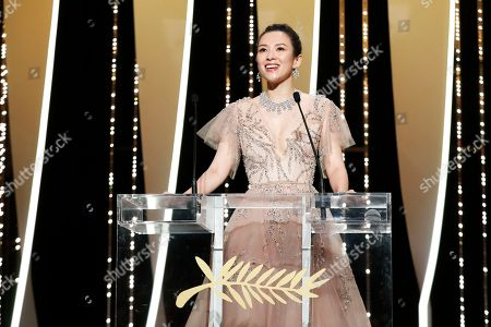 Zhang Ziyi speaks onstage during the Closing Awards Ceremony of the 72nd Cannes Film Festival, in Cannes, France, 25 May 2019. The Golden Palm winning movie will be screened after the closing ceremony.