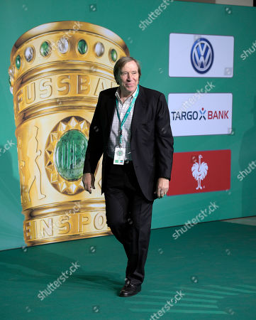 25.05.2019, Football DFB-Pokalfinale 2019, RB Leipzig - FC Bayern Muenchen, Olympiastadium Berlin,  Promis auf dem Gruenen Teppich, dem VIP-EIngang. Guenter Netzer (GER)