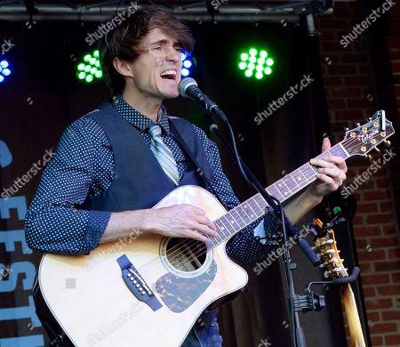 Singer/Songwriter Ryan David Green of Ryanhood