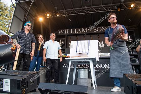 Tre Cool, Lydia Night, Gary Dell'Abate, Richard Blais. Tre Cool, from left, Lydia Night, Gary Dell'Abate, and Richard Blais seen at the BottleRock Napa Valley Music Festival at Napa Valley Expo, in Napa, Calif