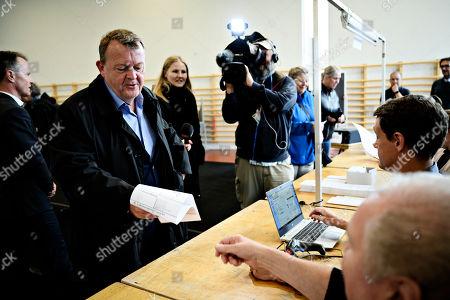 Prime Minister Lars Loekke Rasmussen from the Liberal Party votes at Nyboder School during the European Parliament elections 2019 in Copenhagen, Denmark, 26 May 2019. The polls during the European Parliament elections in Denmark will open at 09.00 and close at 20.00.
