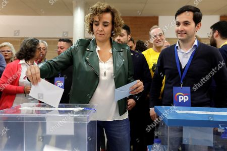 Dolors Montserrat (C), Spanish People's Party top candidate for European Parliament, casts her ballots at local and European Parliament elections at a polling station in Sant Sadurní d'Anoia, Barcelona, Catalonia, Spain, 26 May 2019. Spain holds local, regional and European Parliament elections. The European Parliament election is held by member countries of the European Union (EU) from 23 to 26 May 2019.