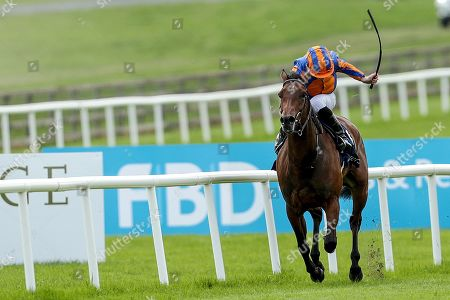 The Tattersalls Irish 1,000 Guineas. Ryan Lee Moore on Hermosa on his way to winning The Tattersalls Irish 1,000 Guineas