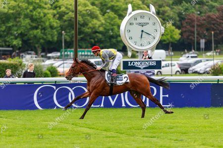 Ultra Cool (A. Lemaitre) wins Prix De L'Ile Saint-Louis at ParisLongchamp, France