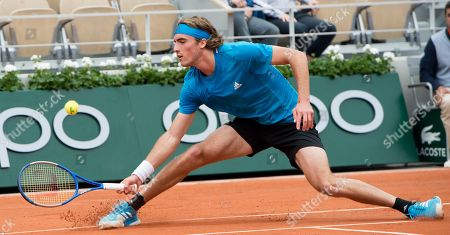 Stefanos Tsitsipas (GRE) defeated Maximilian Marterer (GER) 6-2, 7-6(4), at the French Open being played at Roland-Garros in Paris,. ©Karla Kinne/Tennisclix 2019/CSM